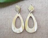 Drop earrings, horn earrings, dangle earrings, teardrop earrings, artisan earrings, handcrafted earrings, organic jewelry, nature jewelry