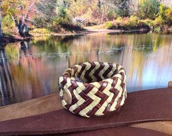 Multiple zigzag pattern bracelet black and yellow