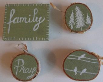 Green Family Magnet Set