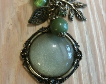 Vintage inspired Green pendant & charm necklace
