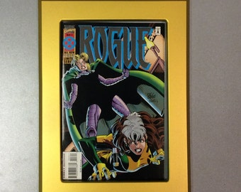 Comic book frame for use with Toploader Gold