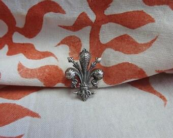 stunning vintage estate 800 silver prince of wales brooch