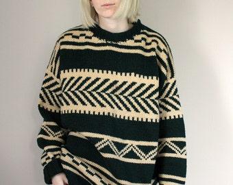 Vintage Dark Green and Cream Knitted Boyfriend Jumper - Free Size