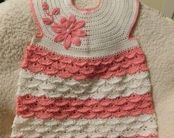 Dress and hat openwork for girls