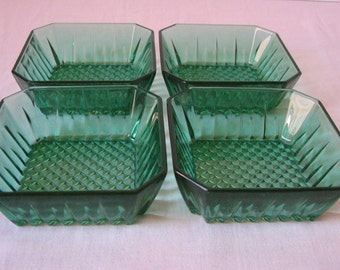 4 ramekins Arcoroc green molded glass / dishes, cups square / Service aperitif vintage / retro French dishes / 1960s