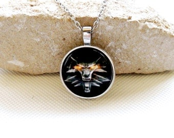 Necklace Langtou round, witcher wolf pendant glass, necklace wizard Witcher 3 medallion chain, Wolf Head Pendant Necklace The Witcher,