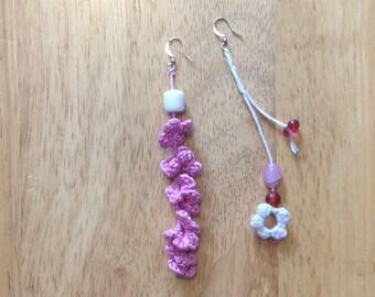 The asymmetry of the flowers - earrings
