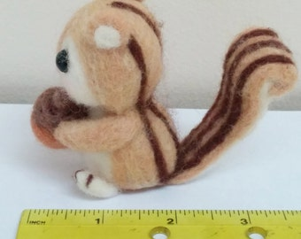 Needle felted squirrel. Felted animal. Kids Toy.