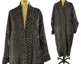 Ikat Quilted Duster / Vintage Patchwork Cotton Kimono Coat in Black and Pewter / Artsy Bohemian / Art to Wear