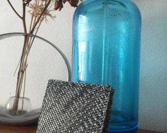 Slim Bi-Fold Wallet Silver and Black Woven
