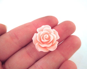 10 Light Pink Rose Cabochons 20mm