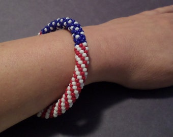 Patriotic American Flag Bracelet - Perfect for 4th of July!