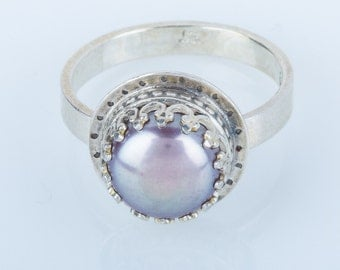 Grey Purple Pearl Ring in Sterling Silver, Purple, decorative, iridescent. luster