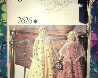 Uncut Vogue Pattern Service no. 2626 for Collectors Heritage Dolls – sewing pattern - ONE Size