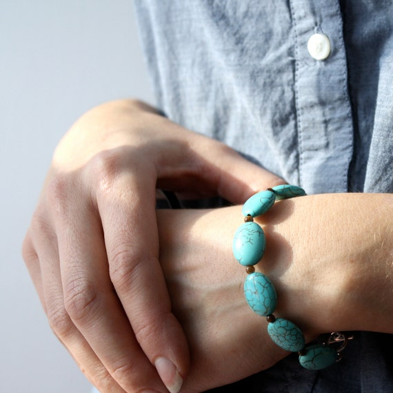 Turquoise Howlite Bracelet . Natural Gemstone Bracelet . Boho Bracelet . Turquoise Beaded Bracelet - Robin's Egg Collection NEW