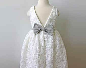 Venise Lace Dress for Toddler and Girl, ivory and Sage, Flower Girl, 1st Communion, Special Occasion