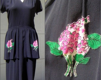 """Vintage 40s Day Dress Flirty Peplum Navy Blue Rayon Crepe Floral Applique Accents WWII Swing Era BUST 40"""""""