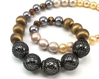 Mixed metallics beaded necklace