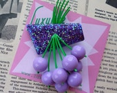Luxulite classic brooch - Gorgeous purple flecked sparkling 40s 50s confetti lucite style novelty lilac cherry brooch