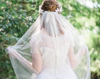 waltz length veil, waltz veil, bridal veil ivory, bridal veil comb, wedding veil, wedding veil waltz, champagne veil, other color options
