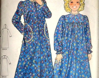 Girls' Nightgown and Robe, Vintage 70's Butterick 5708 Sewing Pattern, Size 14, 32 Breast, Uncut FF