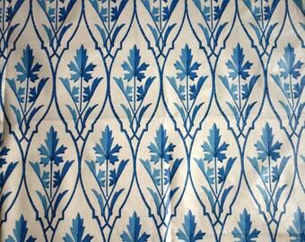 Brunschwig & Fils Cahir Fabric, 1 Yard in Cream and Blue Glazed Cotton Chintz, Vintage 1980s Fabric, 1980s Designer Home Decor Cotton Fabric