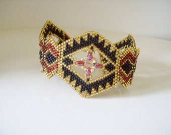 Black gold beaded bracelet , Seed bead cuff bracelet , Beadwork bracelet , Peyote bracelet , Bead woven bracelet , Super duo bracelet