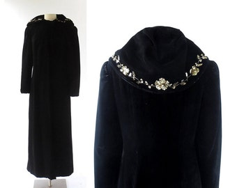 Vintage 1930s Coat / Black Velvet Cloak / Hooded Cloak / Opera Coat / XS S