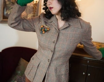 Vintage 1940s Jacket -Smart Classic Tweed 40s Tailored Wool Jacket with Coral Windowpane | Fox and Hound