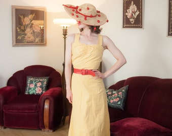 Vintage 1950s Dress - Darling Butter Yellow with Red and Purple Flecked Dots 50s Cotton Sun Dress with Shirred Bust
