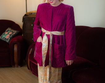 Vintage 1940s Lounge Jacket - Stunning Plush Fuchsia Velvet Quilted 40s Bed Jacket with Strong Shoulders