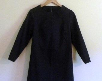 PREVIOUSLY 30.00 - 60s LBD Mod Black Trapeze Petite Dress or Tunic - Size 10 - Petite S/M