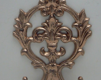 Fleur de lis Cast Iron Shimmering Rose Gold Wall FDL Double Hook Ornate French Decor Paris Leash Jewelry Cap Bathroom Hooks