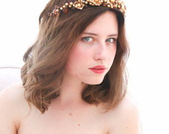 Rustic Woodland Golden Crown Wedding Headpiece, Gold and Amber Bridal Headpiece, Rustic Wedding Halo Beaded Wedding Hair Accessory