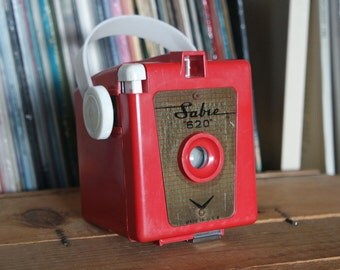 Bright Red 1950's Sabre 620 Camera