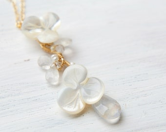 White Floral Necklace,Pearl Wedding Necklace, Moonstone Pendant, Pansy White Shell Flower