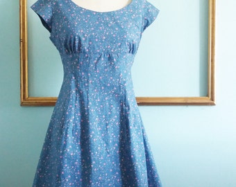 retro print dress with  petite flowers - blue flaral dress  - retro clothing - womens dress - rockabilly dress - FREE US SHIPPING