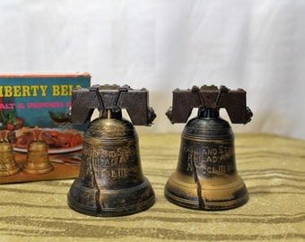 Liberty Bell Souvenir Salt and Pepper Shakers, With Original Box, NOS