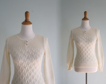 Vintage Cream Pointelle Sweater - Sweet 80s Crocheted Sweater with Two Buttons - Vintage 1980s Sweater S
