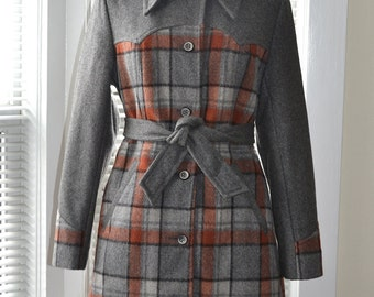 Vintage 70s Coat - Junior Year - Uniform Grey with Plaid Contrast - Fitted Lined Jacket - s/m