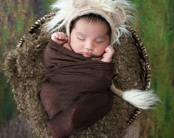 Newborn Crochet Lion Hat & Tail Bonnet. Perfect Baby bonner for Photo props for baby boy! Unique newborn photo prop!
