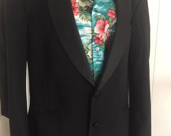 Vintage 1980's does 1950's Pierre Cardin Men's Designer Dinner Jacket -- Size 44 L