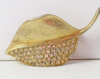 Vintage Gold Tone Clear Rhinestone Leaf Brooch Pin (B-2-1)