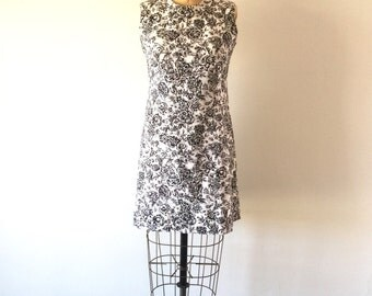 1960s Mod Shift Dress Black & White Floral Print Mini Dress M