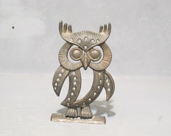 Vintage Silver Metal Owl Standing on Log Earring Holder / Hooter Jewelry Tree Ear Rings Display, Rustic Night Bird Hoot Decorative Organizer