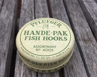 Pflueger Fish Hook Tin vintage
