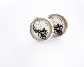 Skull studs, anatomical, vintage, victoria, gothic jewelry