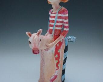 Winnie ceramic sculpture by artist Victoria Rose Martin