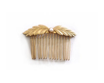Wavy Bridal Comb, Brides Hair Accessory, Bridesmaid Hair Accessory, Grecian Gold Comb, Greek Goddess Accessories, Gift for Her, Hair Jewelry
