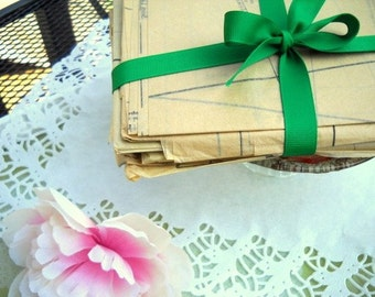Vintage Pattern Bundle / Paper Ephemera / Old Patterns / Vintage Sewing